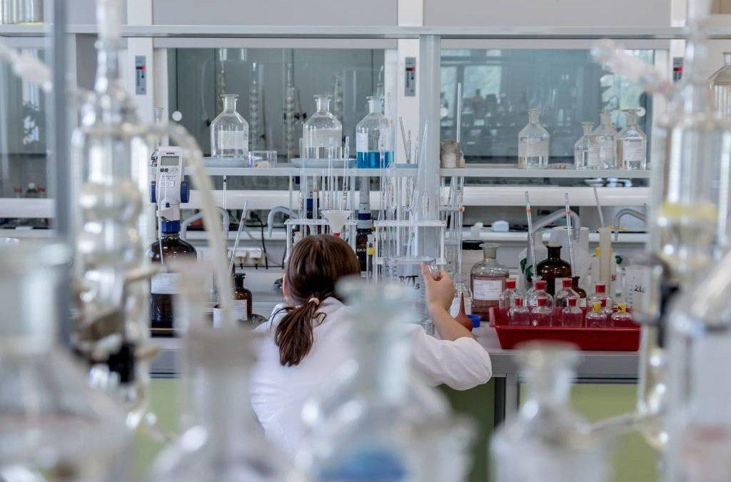 expertise santé et laboratoire